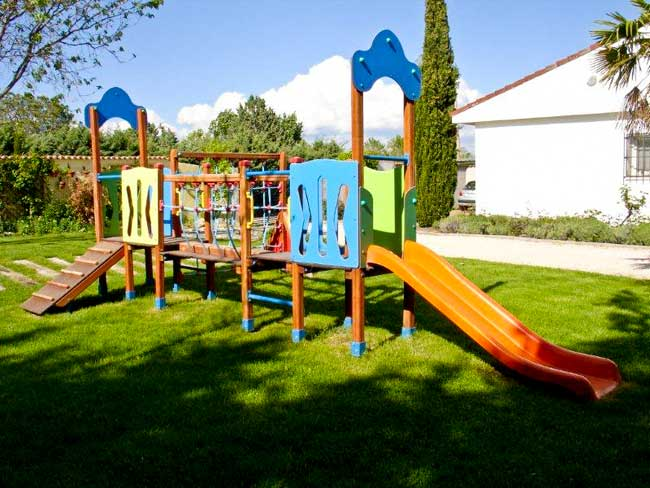 Instalaci n de parques infantiles madrid for Decoracion parques
